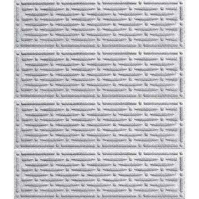 White 8.5 in. x 30 in. Mesh Stair Tread (Set of 4)