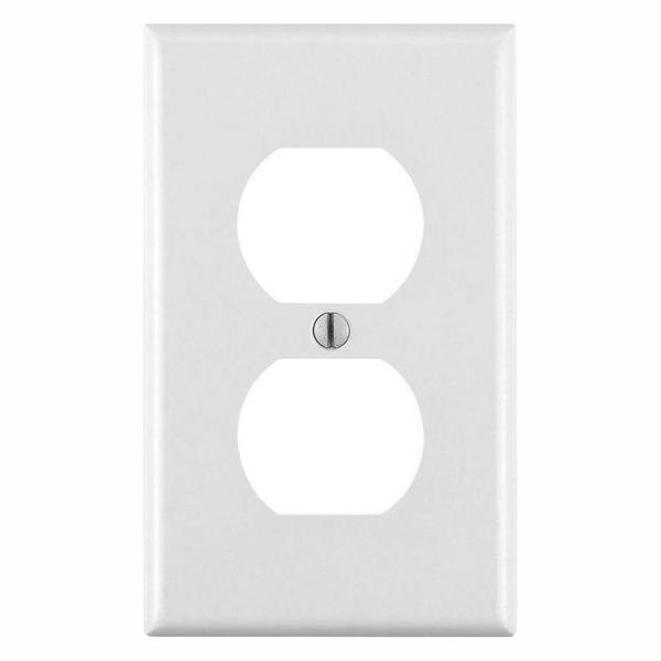 1-Gang White Duplex Outlet Wall Plate (10-Pack)