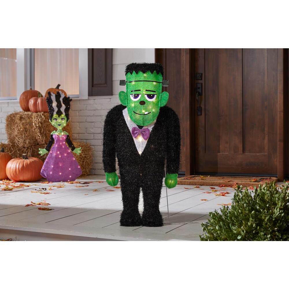 3 ft LED Spookytown Monster