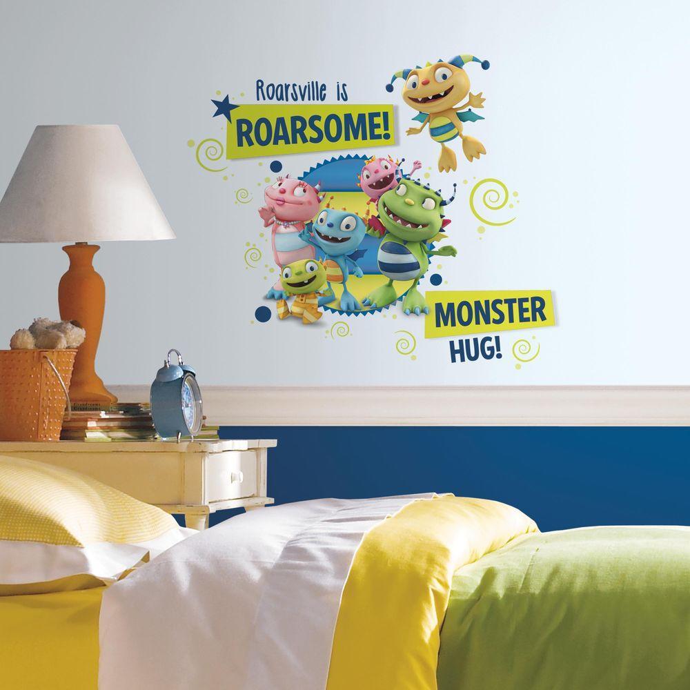 Roommates 25 In X 21 In Henry Hugglemonster Family Wall Graphix