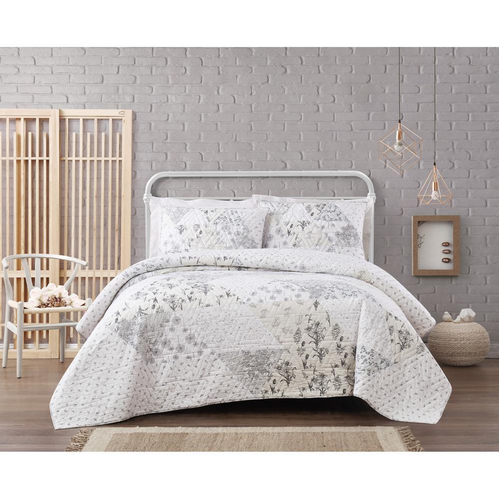 Kamala Floral Cotton Pieced 3-Piece Grey/Cream Full/Queen Quilt Set
