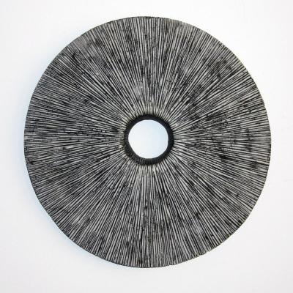 Mariana Ribbed Round Middle Hole Wooden Decor