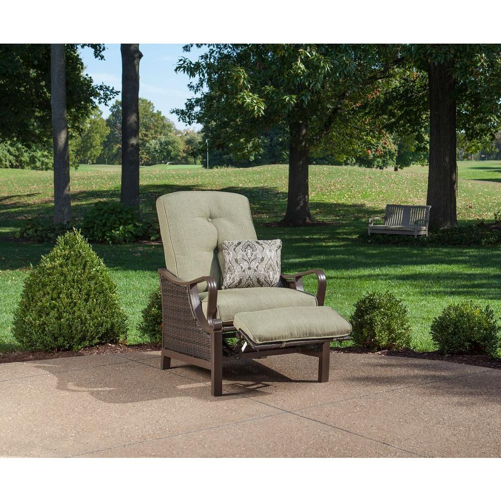 Hanover Ventura Reclining Wicker Outdoor Lounge Chair With Vintage Meadow  Cushion