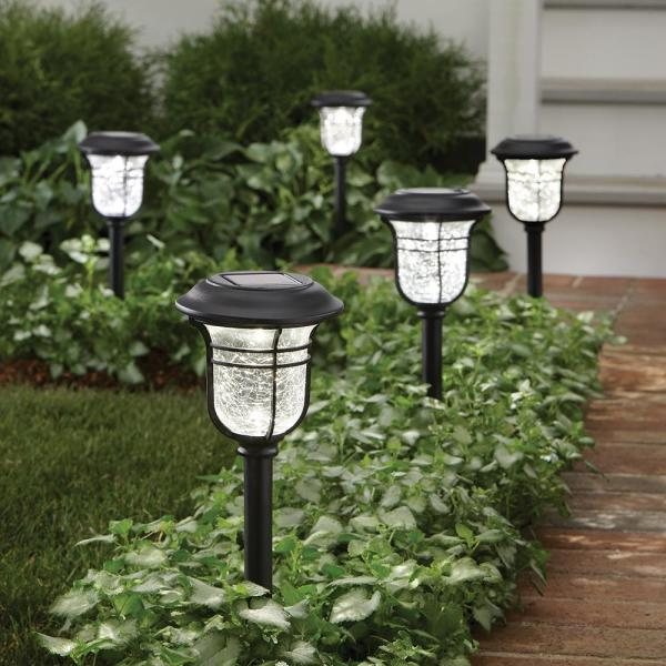 Hampton Bay Solar Powered Black Led Outdoor Integrated 3000k Warm White Landscape Path Light 10 Pack 84075 The Home Depot