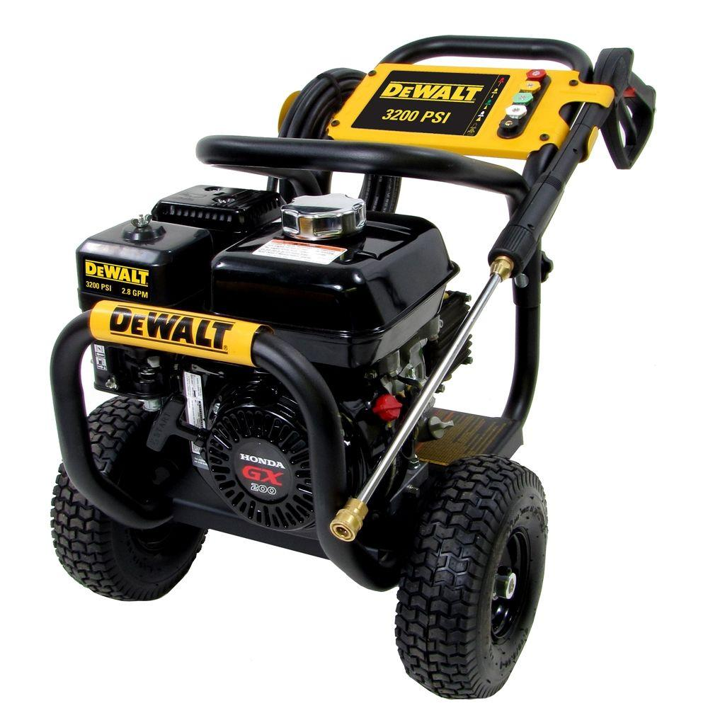 DEWALT Honda GX200 3200 psi 2.8 GPM Engine Pro Triplex Pump Gas Pressure Washer