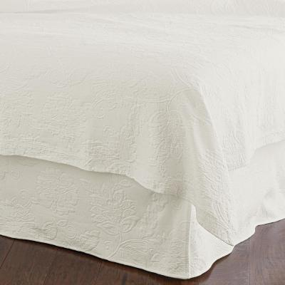 Putnam Matelasse 18 in. Ivory Cotton Queen Bed Skirt