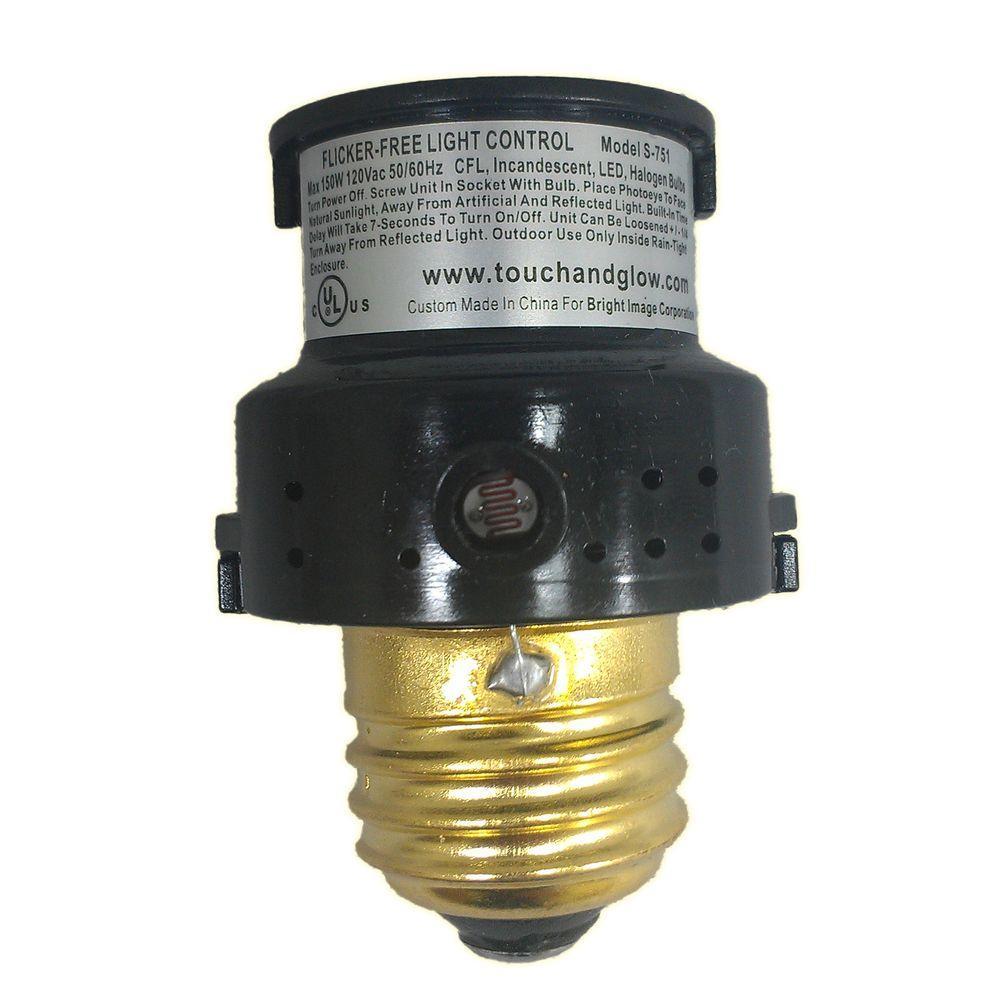 150-Watt CFL/LED Indoor/Outdoor Automatic Dusk to Dawn Light Control - Black