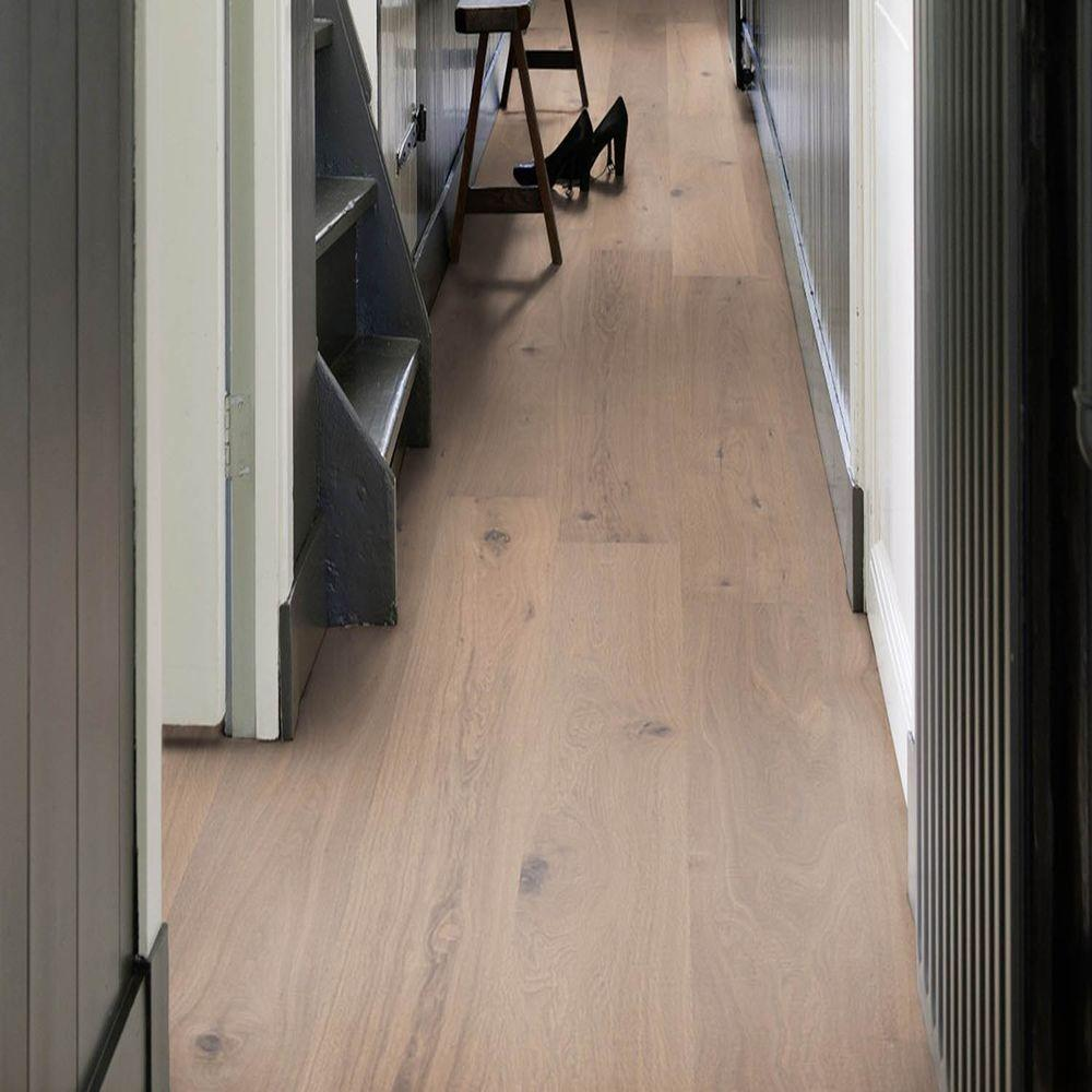 Avenel oak 19 32 in thick x 8 21 32 in wide x 86 39 64 for Hardwood floors 1000 square feet