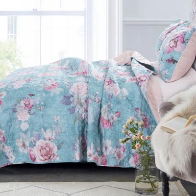 Avril 3-Piece Turquoise Blue Full/Queen Quilt Set