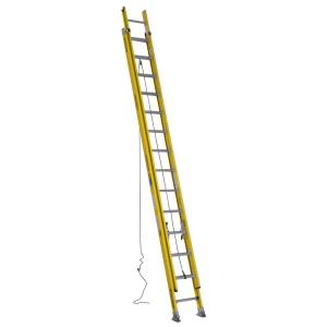 fiberglass round rung extension ladder with 375 lb load capacity type iaa - Werner Ladder