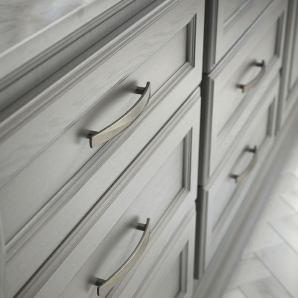 Liberty Devereux 5 1 16 In 128mm Center To Center Heirloom Silver Drawer Pull P34960 904 C The Home Depot