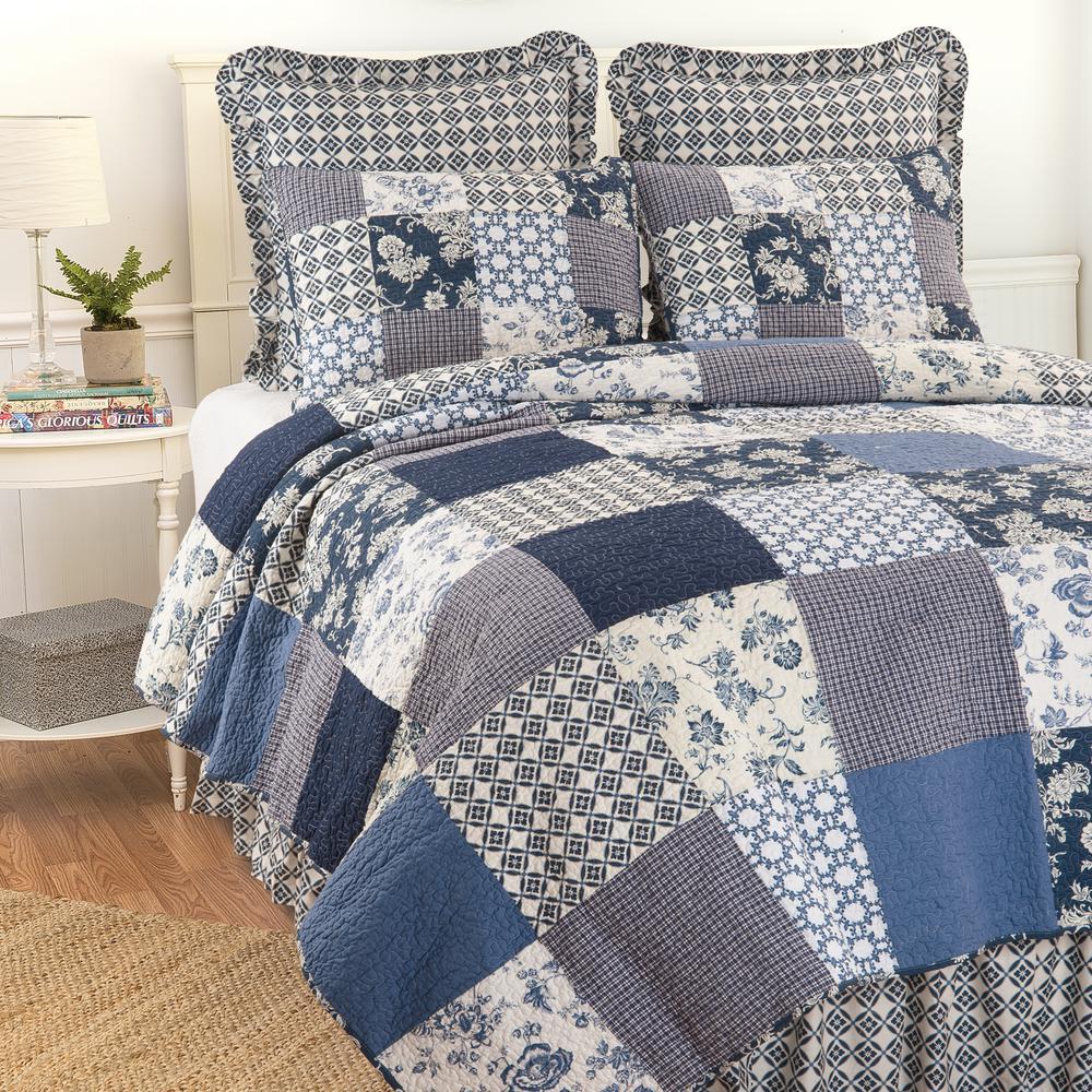 Blue Bonnie King Quilt Set