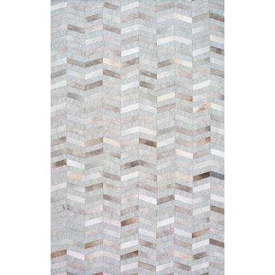 Cowhide Mitch Silver 5 ft. x 8 ft. Area Rug