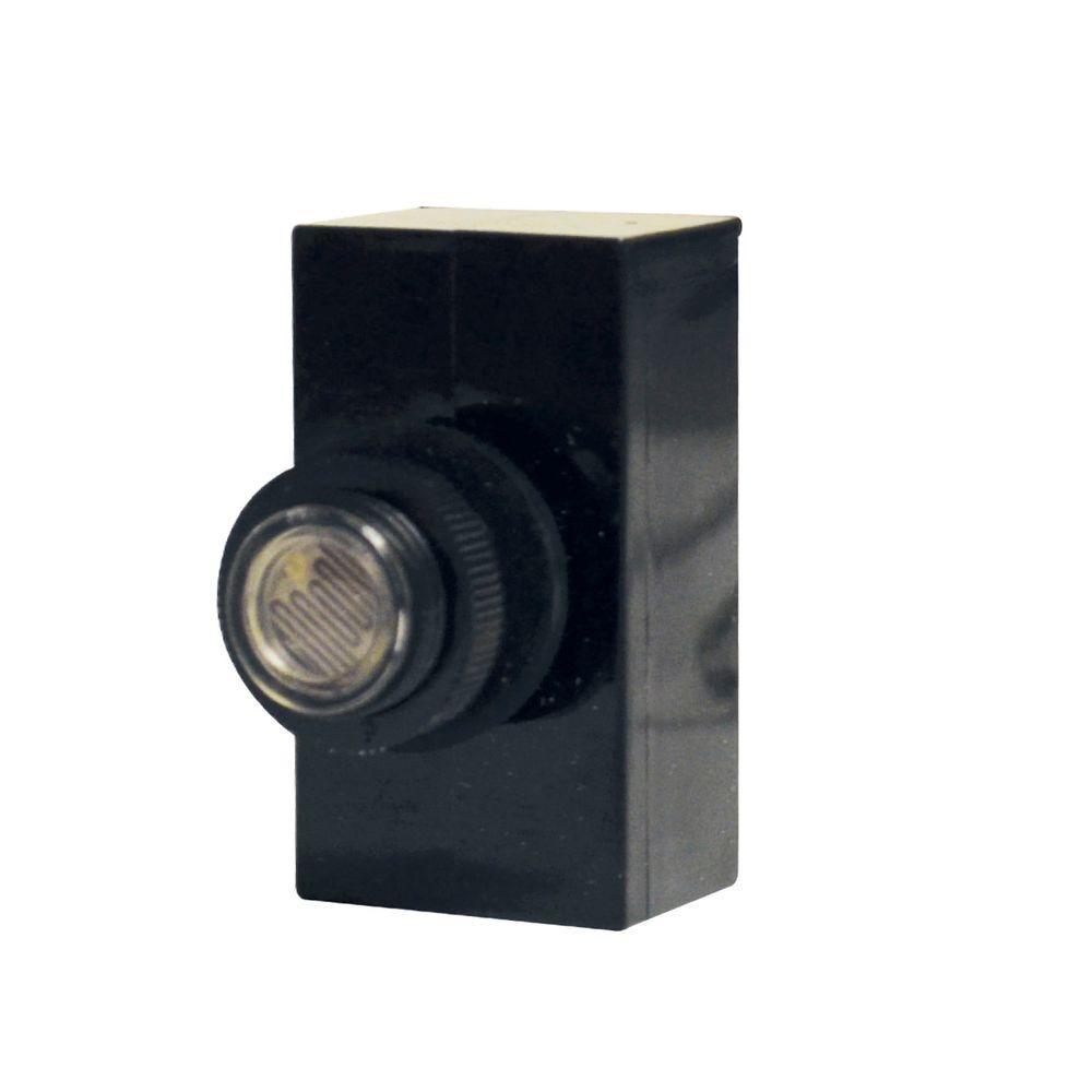 SPST 120-Volt Flush Mounting Lexan Housing Photo Control