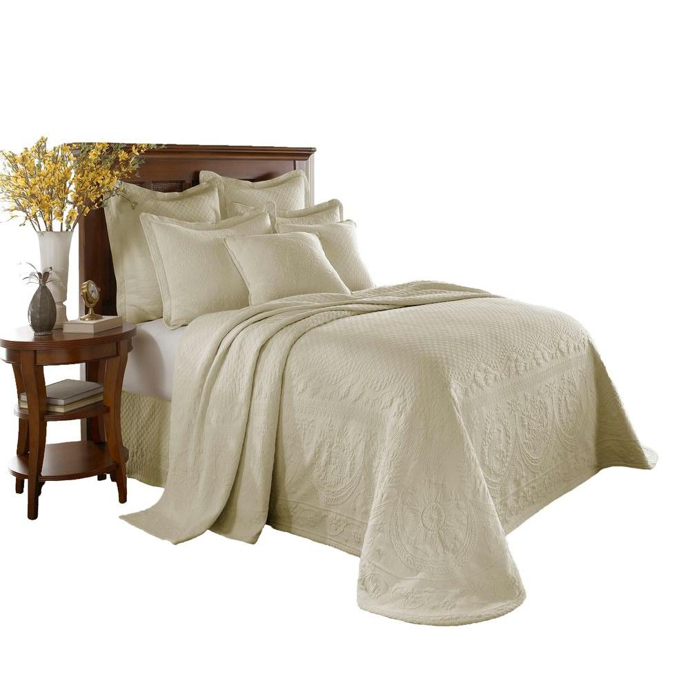 Historic Charleston Collection King Charles Ivory Matelasse Cotton Queen Bedspread