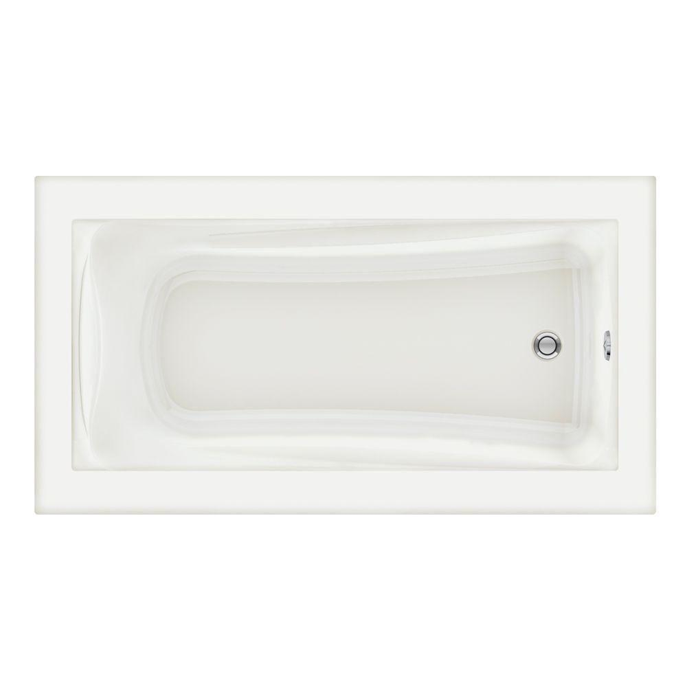 Genial Reversible Drain Soaking Bathtub In White