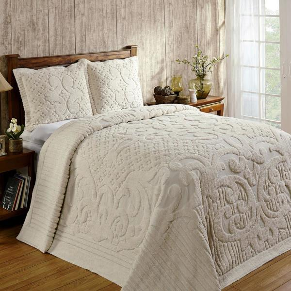 Ashton Collection in Medallion Design Ivory Full/Double 100% Cotton Tufted Chenille Bedspread