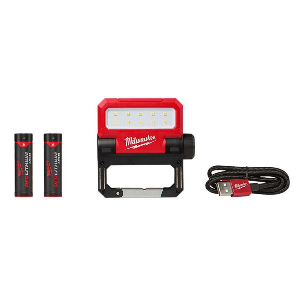 550 Lumens LED Rechargeable Pivoting Flood Light W/ Free REDLITHIUM USB Battery