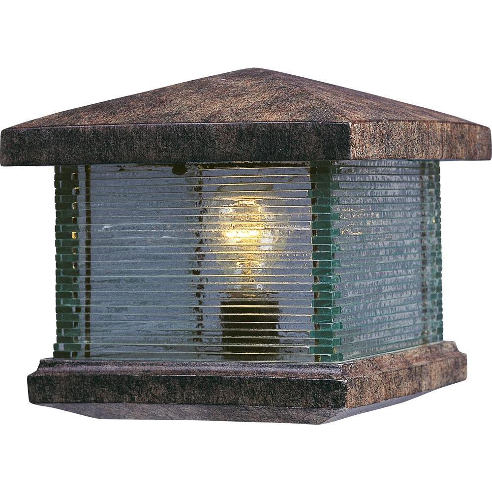 Triumph VX-Outdoor Deck Lantern