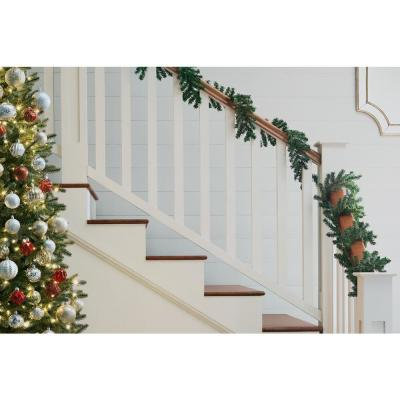 12 ft. Unlit Artificial Christmas Garland with 124 Tips