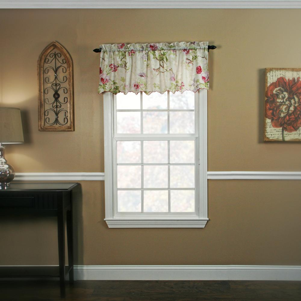 Ellis Curtain Balmoral 15 in. L Polyester Valance in Lilac