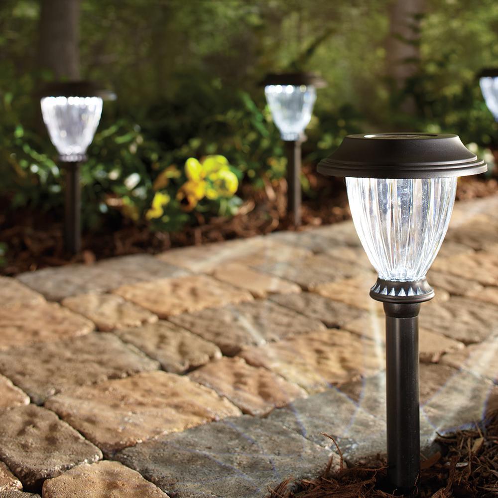Hampton Bay Solar Black Outdoor Integrated Led 5000k Bright White Landscape Path Light 10 Pack 27600 The Home Depot