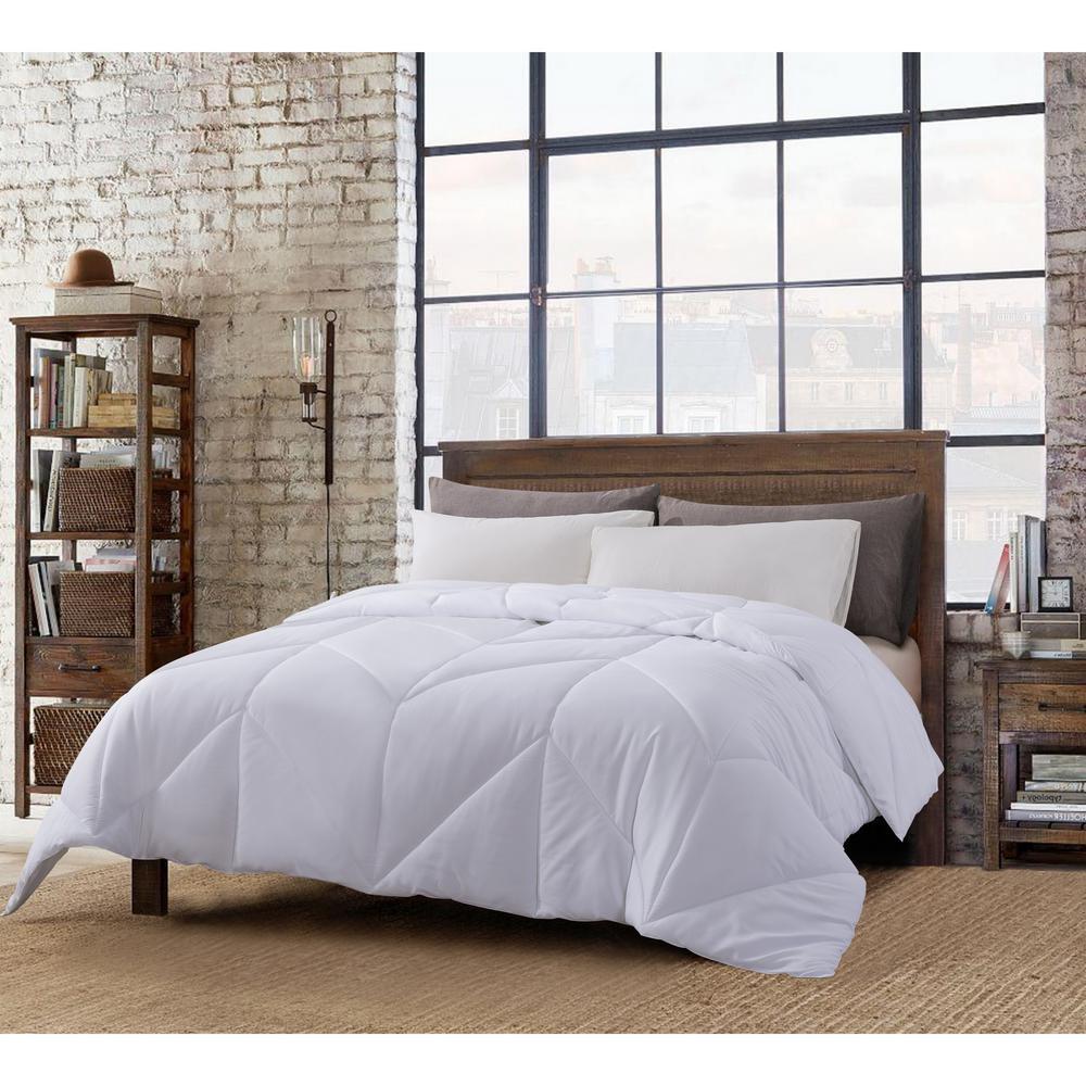 Chevron Stitch All Season White Full/Queen Down Comforter