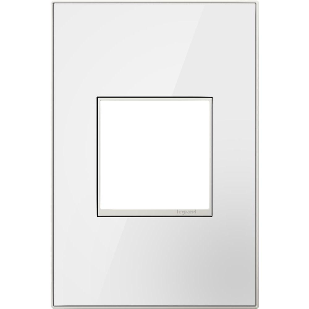 1-Gang 1 Module Wall Plate, Mirror White