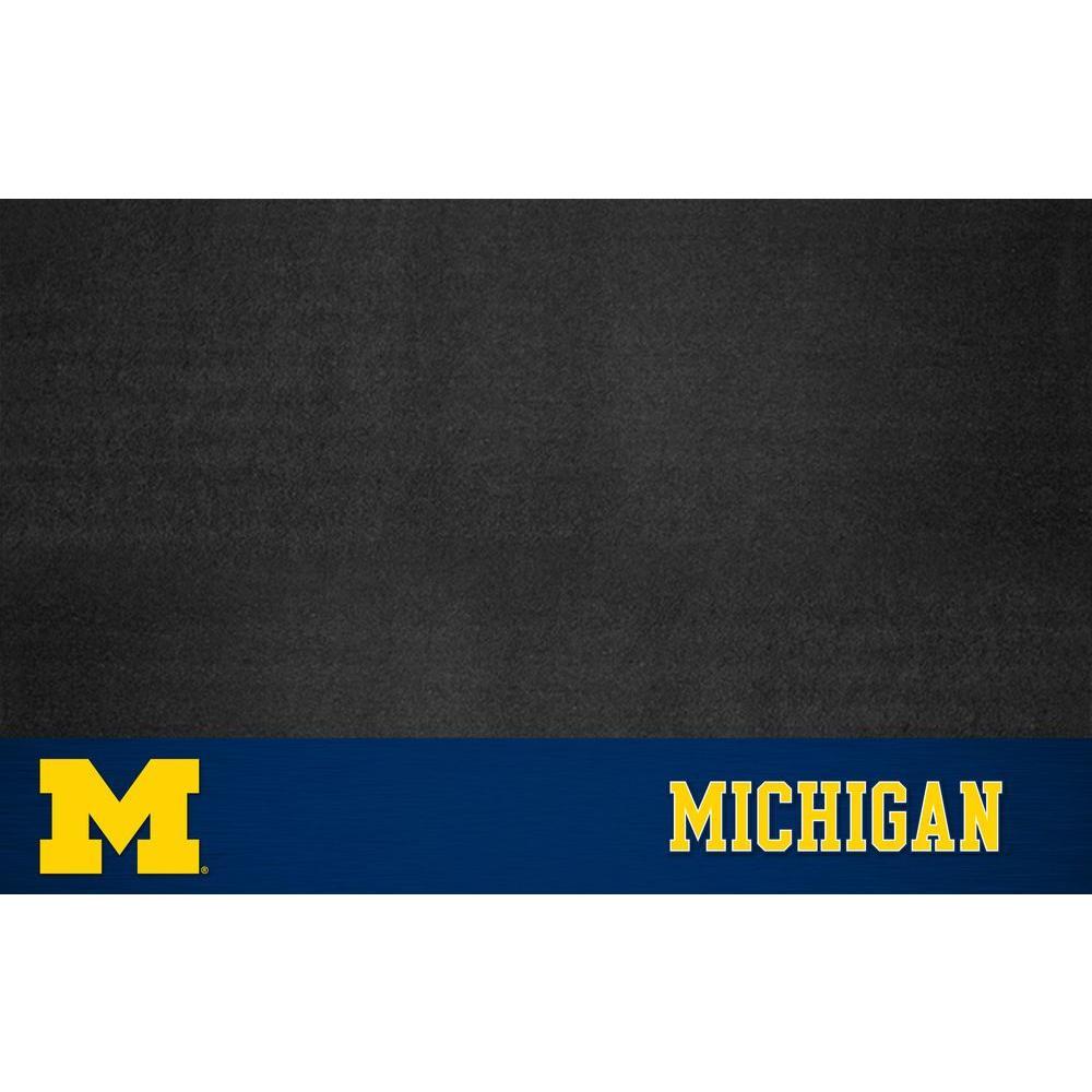 University of Michigan 26 in. x 42 in. Grill Mat