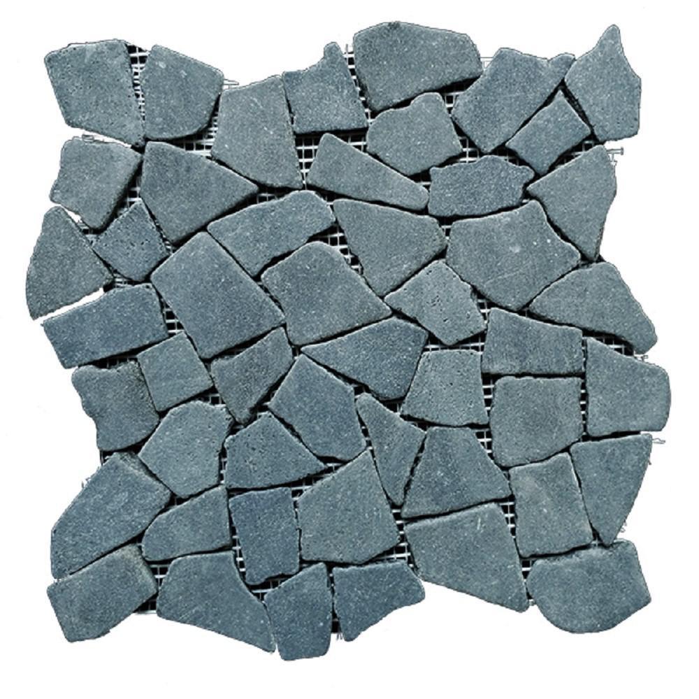 Black Stone Mosaic Pebble Floor