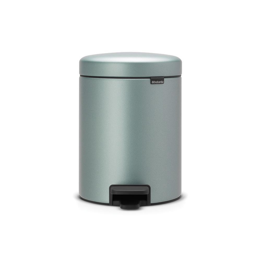 Toter 32 Gal. Green Trash Can with Wheels and Attached Lid-025532 ...