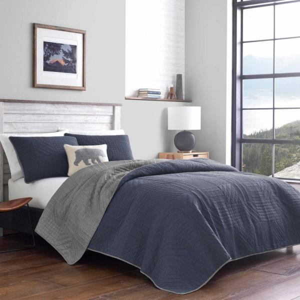 Hidden Lake 3-Piece Blue Plaid Cotton Full/Queen Quilt Set