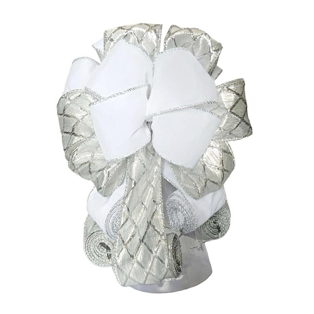 11 in. Ribbon Tree Topper in Silver