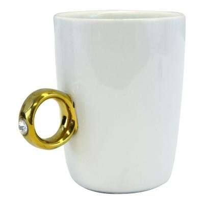 10 oz. Novelty Engagement Gold 2-Carat Solitaire Ring Mug Cup