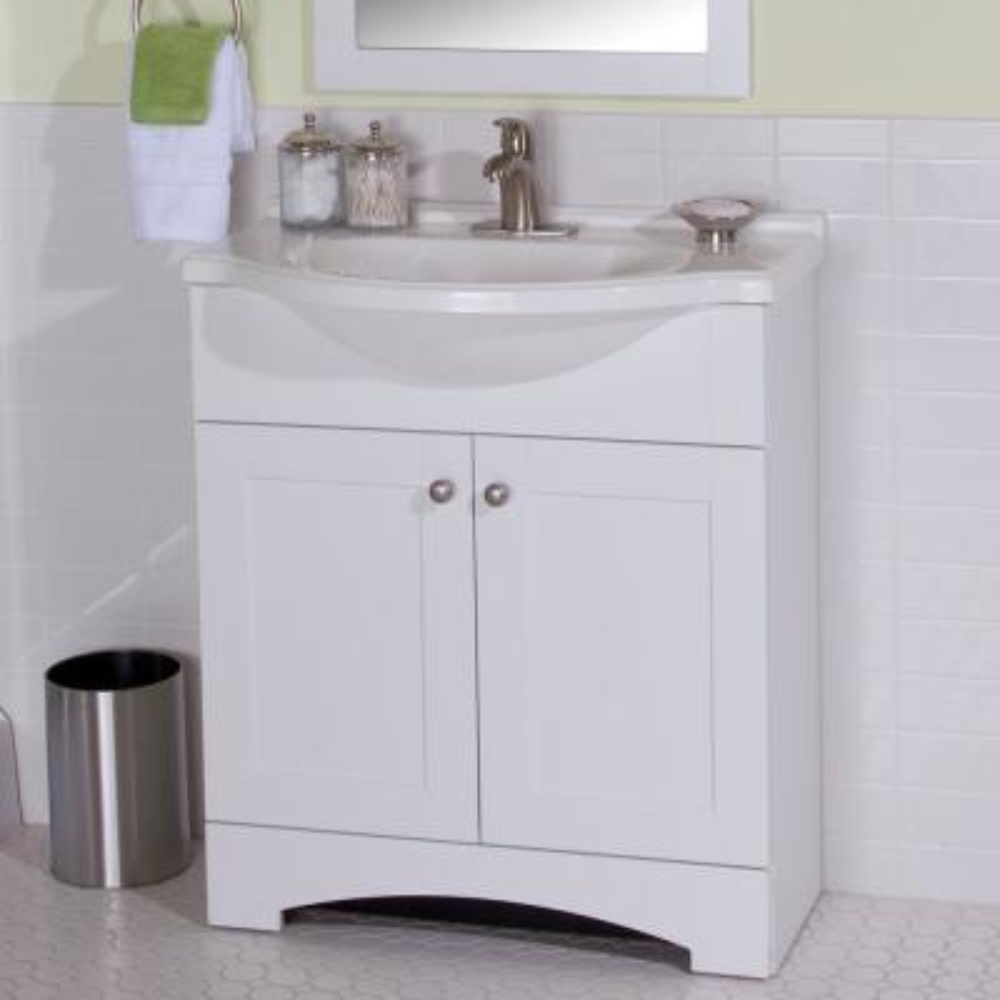 Del Mar 31 in. W x 19 in. D Bath Vanity in White with Vanity Top in White and MOEN Faucet