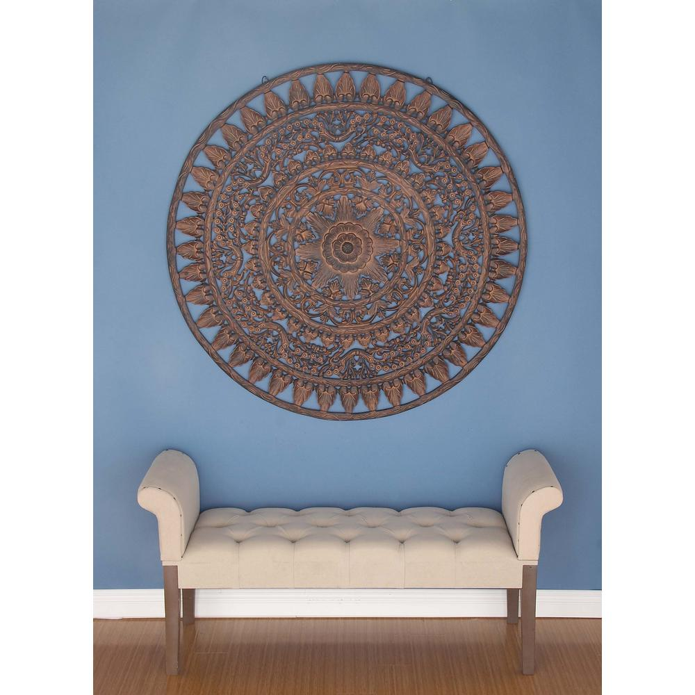 Traditional Pine Wood Round Wall Decor In Stained