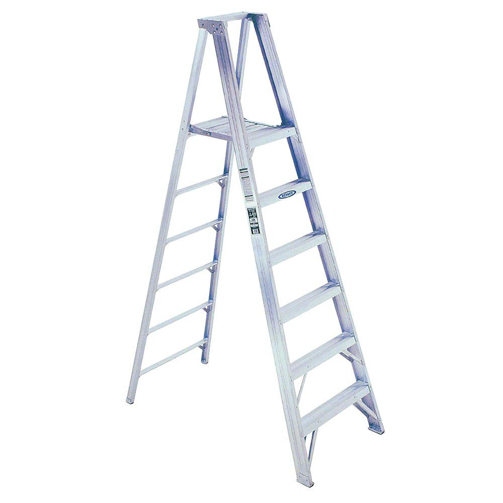 WERNER 14 Ft. Reach Aluminum Platform Step Ladder With 375