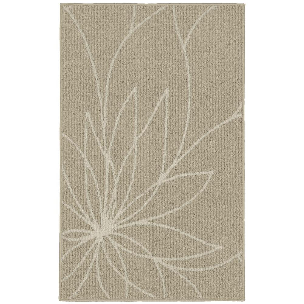 Grand Floral Tan/Ivory 2 ft. 6 in. x 3ft. 10 in.