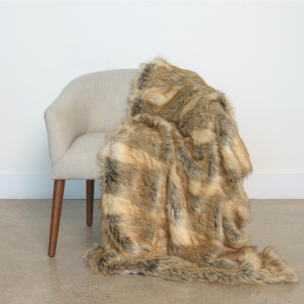 Wild Mannered 54 in. x 36 in. Amber Fox Faux Fur
