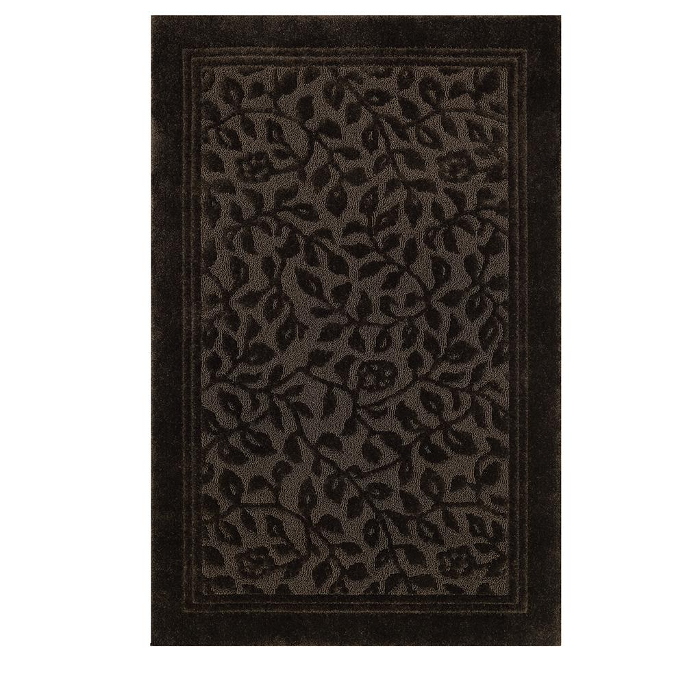 Wellington 5 ft. x 7 ft. Nylon Bath Rug in Chocolate