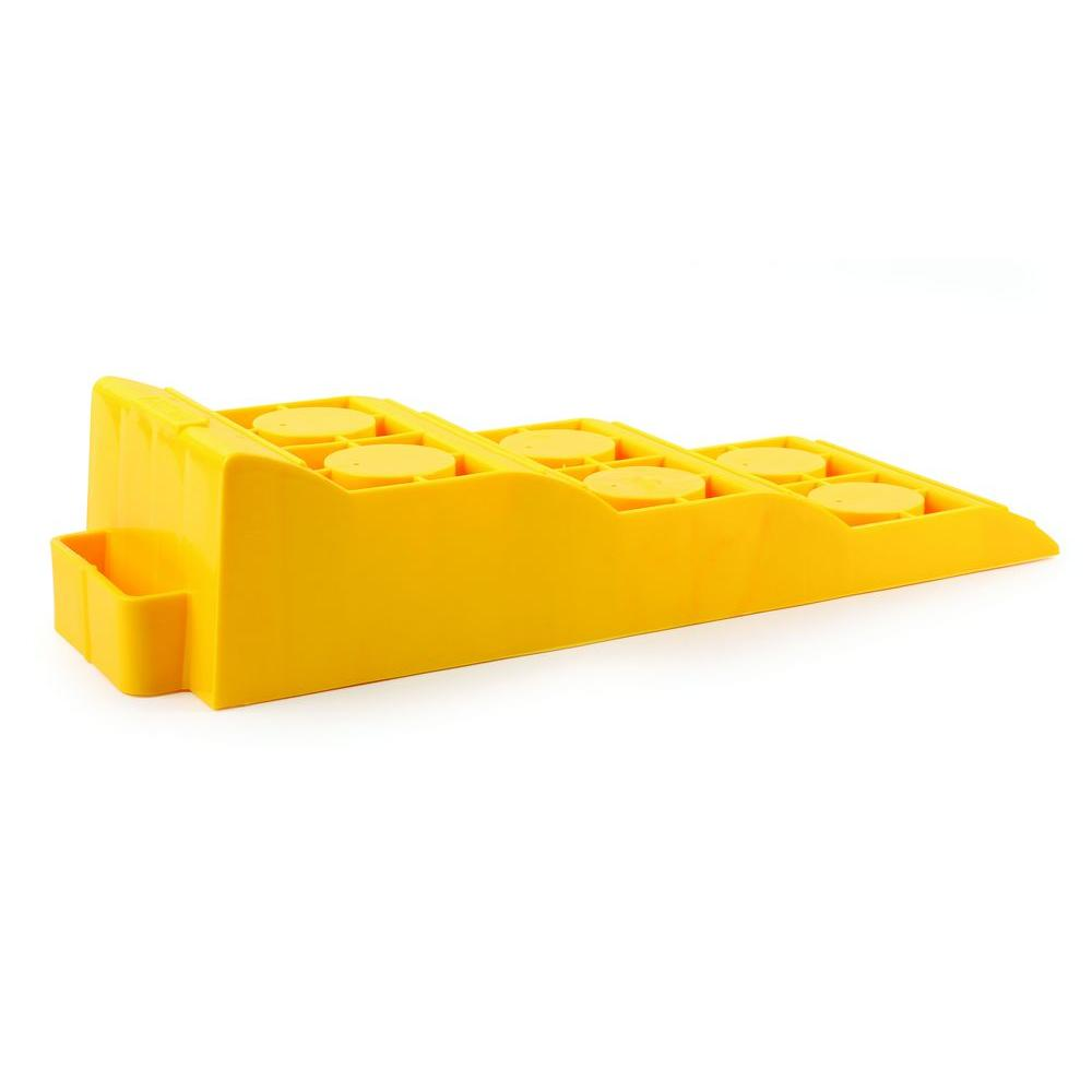 Camco Tri-Leveler in Yellow