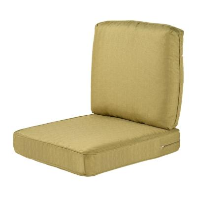 Spring Haven 23.25 x 27 Outdoor Lounge Chair Cushion in Standard Green