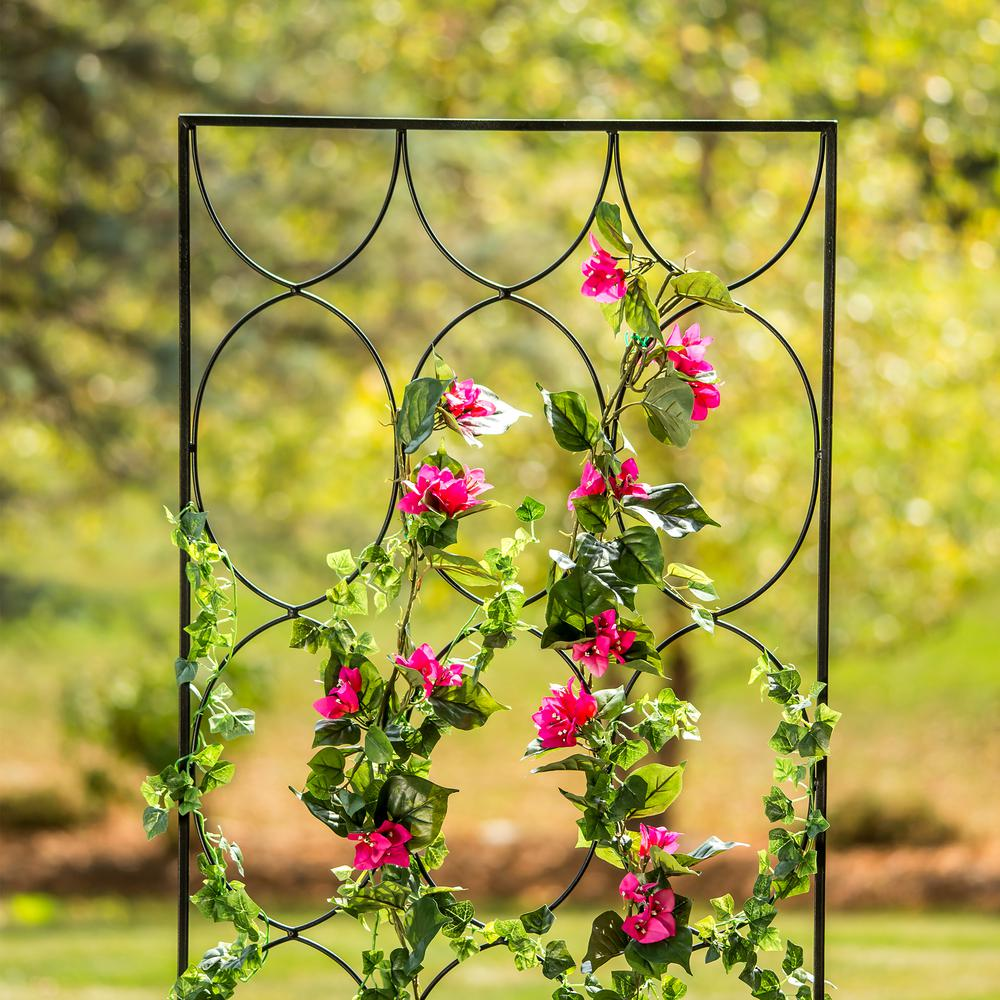 garden trellis to decorate your mailbox with pink flowers and green leaves