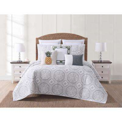 Sunwashed Isle Gray Full and Queen Quilt Set