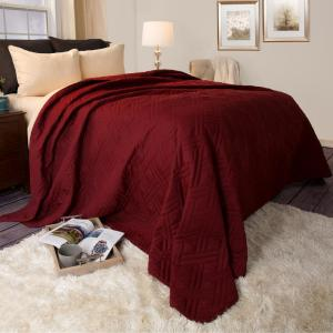 Lavish Home Solid Color Burgundy Full Queen Bed Quilt 66