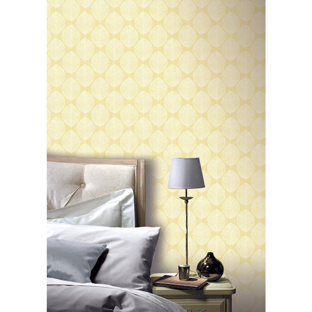 Peachy Scandi Leaf Yellow Wallpaper Interior Design Ideas Gentotryabchikinfo