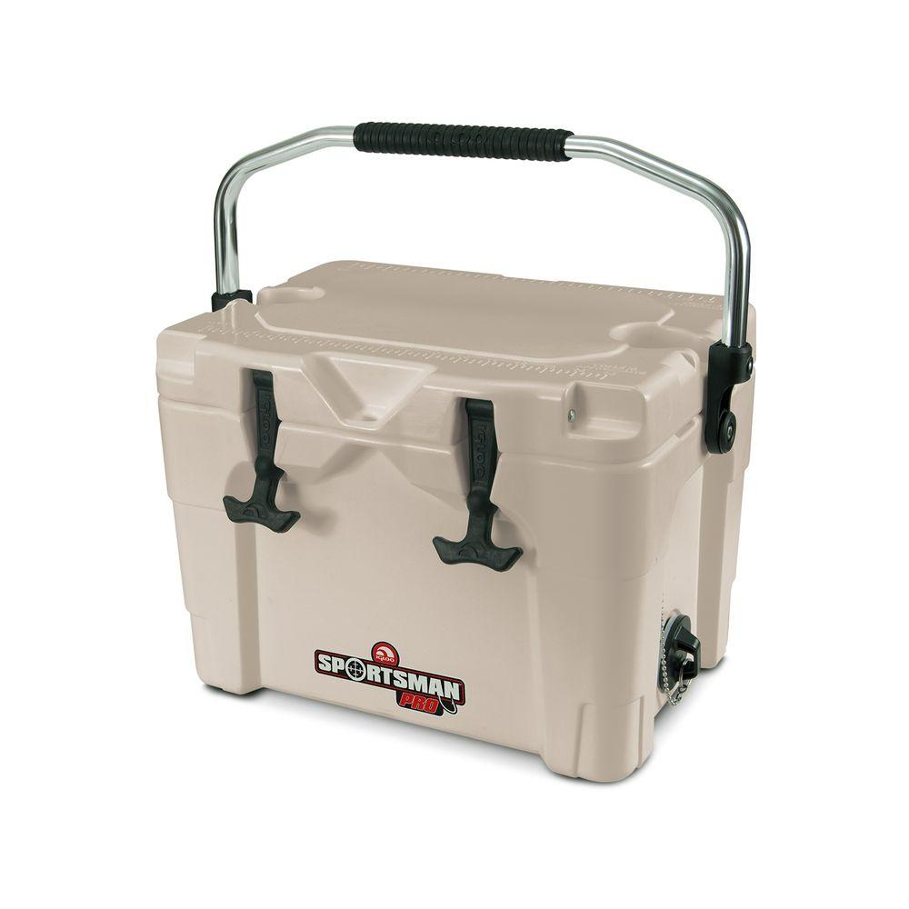 Sportsman 20 Qt. Built-In Cup Holders Cooler