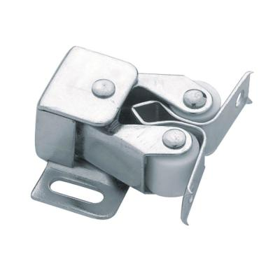 Zinc Plated Double Roller Catch with Spear Strike