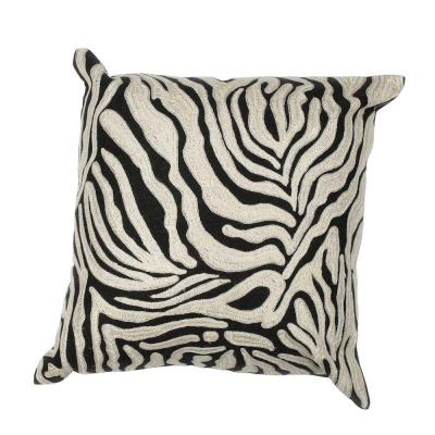 Black and White Black and White Animal Print Hypoallergenic Polyester 18 in. x 18 in. Throw Pillow