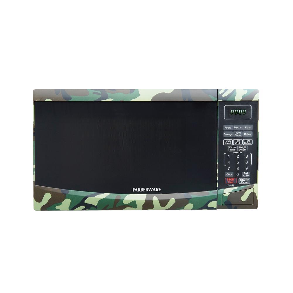 Classic 0.9 cu. ft. 900-Watt Countertop Microwave Oven in Camouflage